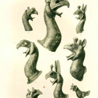 Têtes de griffons provenant des fouilles de Delphes