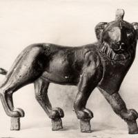 Applique de bronze en forme de lion